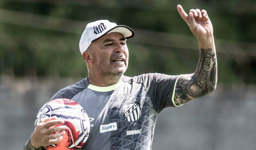 Sampaoli queda libre tras renunciar al Santos de Brasil