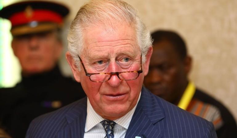 Príncipe Carlos da positivo para Covid-19