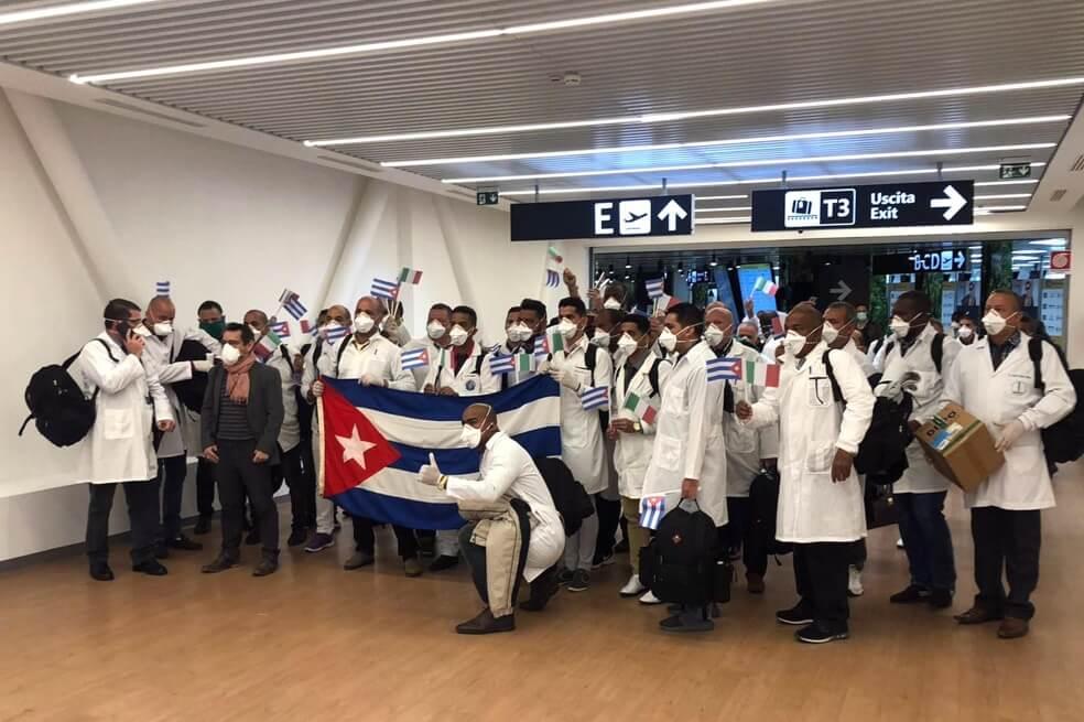 ¿Por qué los médicos cubanos son tan valiosos durante la crisis del COVID-19?