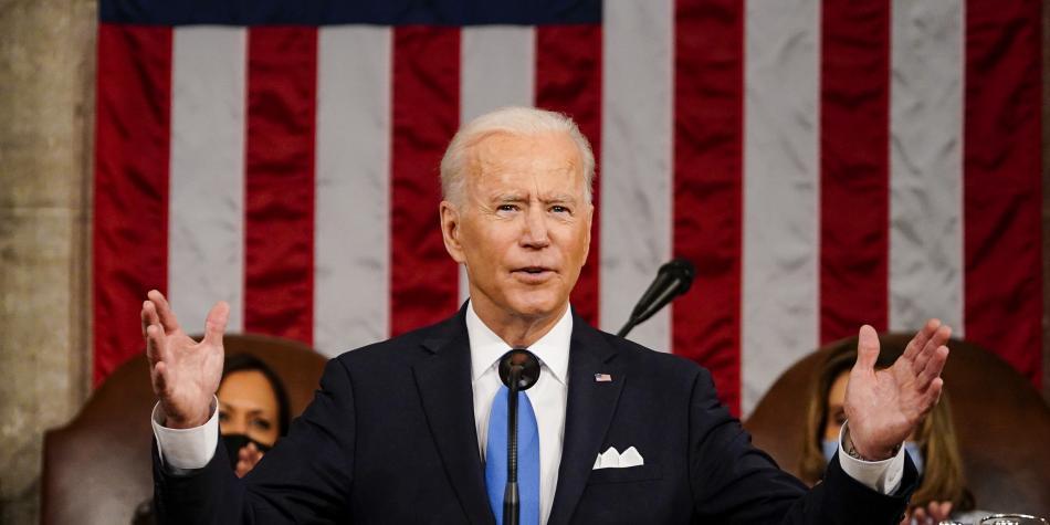 El plan de infraestructura de Joe Biden queda a un paso de hacer historia