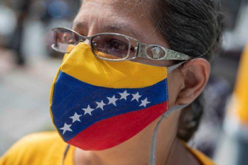 Colombia considera obligación epidemiológica vacunar a migrantes venezolanos