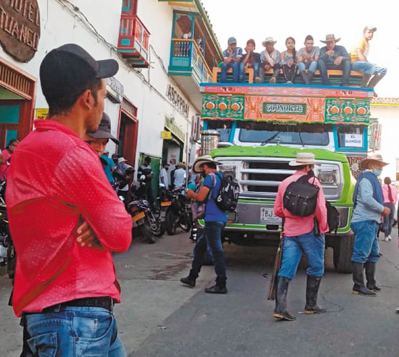"""Estaremos preparados para salir al casco urbano si nos toca"": líder de Ituango"