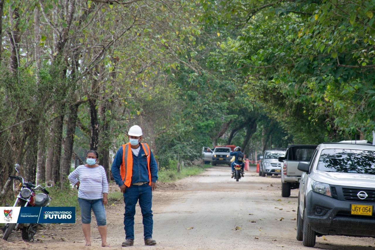 Restringen tránsito de automotores  entre Arauca y Caño Limón.